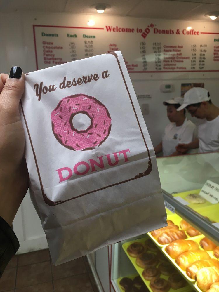 Bakers Dozen Donuts: 801 N 5th St, Alpine, TX