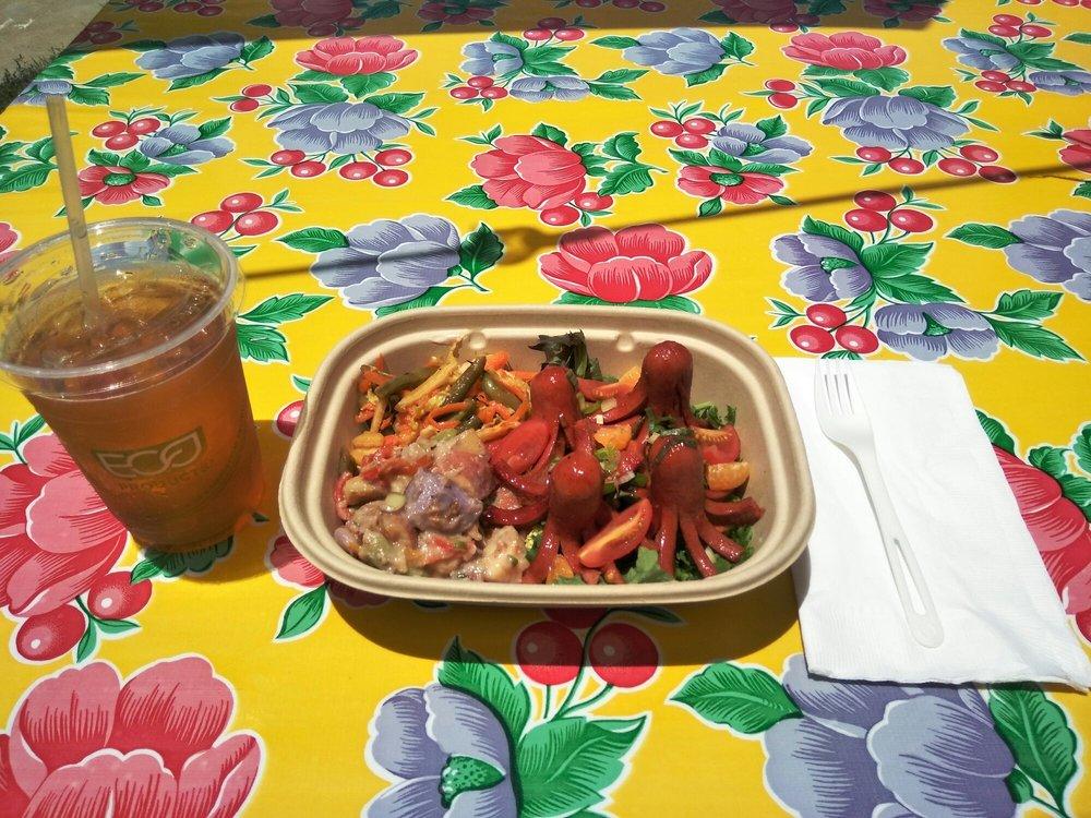 FishCat Cafe: 108 W Murphy St, Alpine, TX