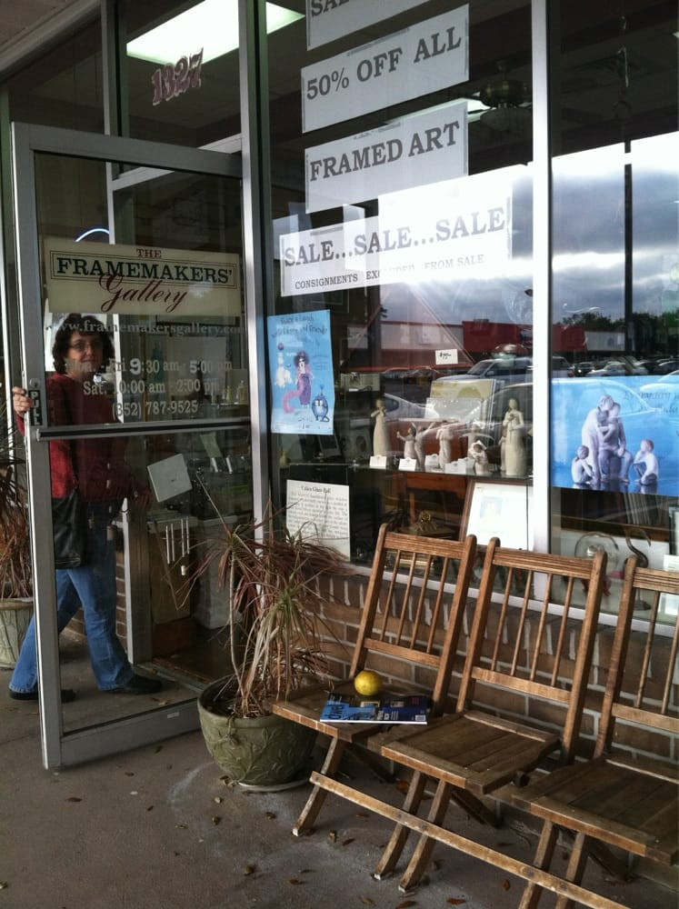 Framemaker's Gallery: 1327 S 14th St, Leesburg, FL