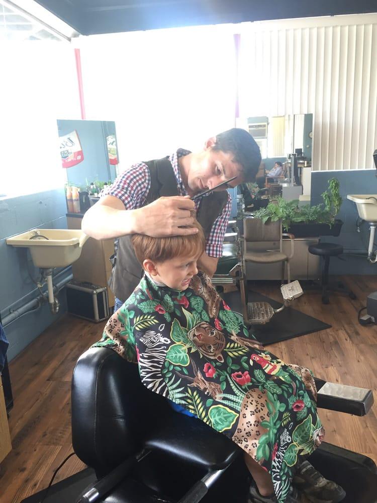 Anderson Hair Care: 1108 W Main St, Abingdon, VA