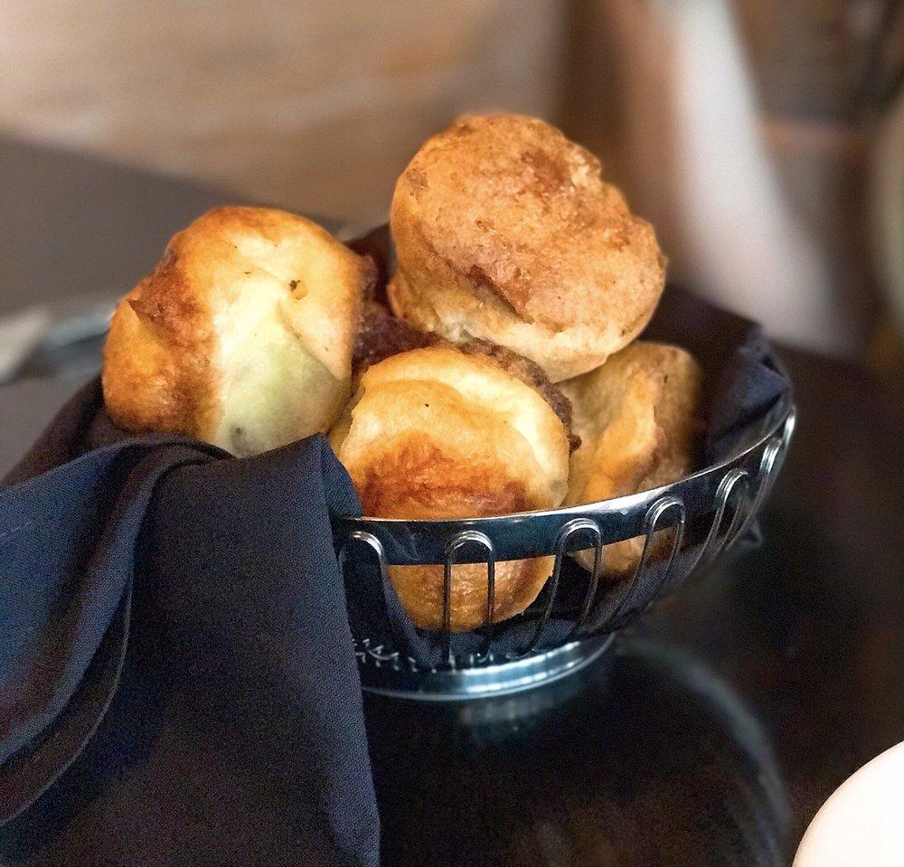 Lakeshore grill at macy s ridgedale 36 fotos y 37 for Macy s articulos de cocina