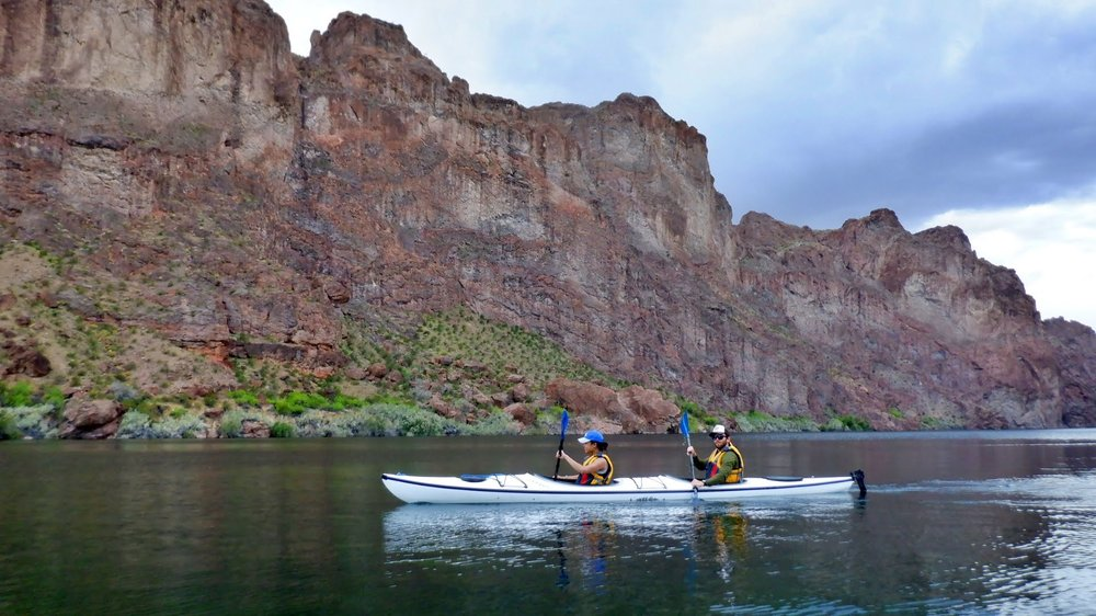 Kayak Lake Mead: 21368 W Palm Desert Dr, White Hills, AZ