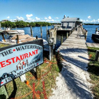 Photo Of Over The Waterfront Captiva Fl United States Cozy Walk To