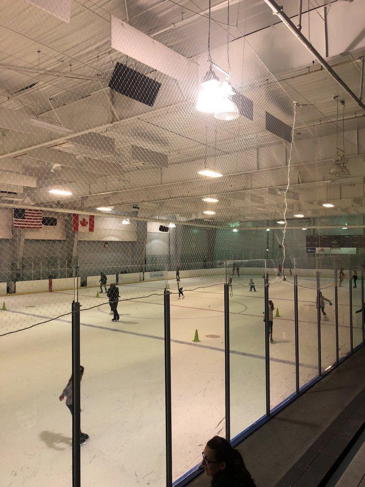 Ellenton Ice & Sports Complex: 5309 29th St E, Ellenton, FL