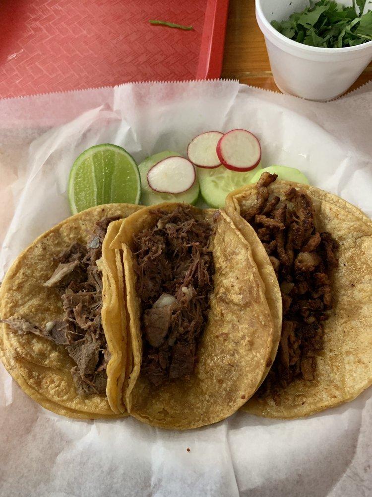 Tacos El Cunao: 113 S Congress Pkway, Athens, TN