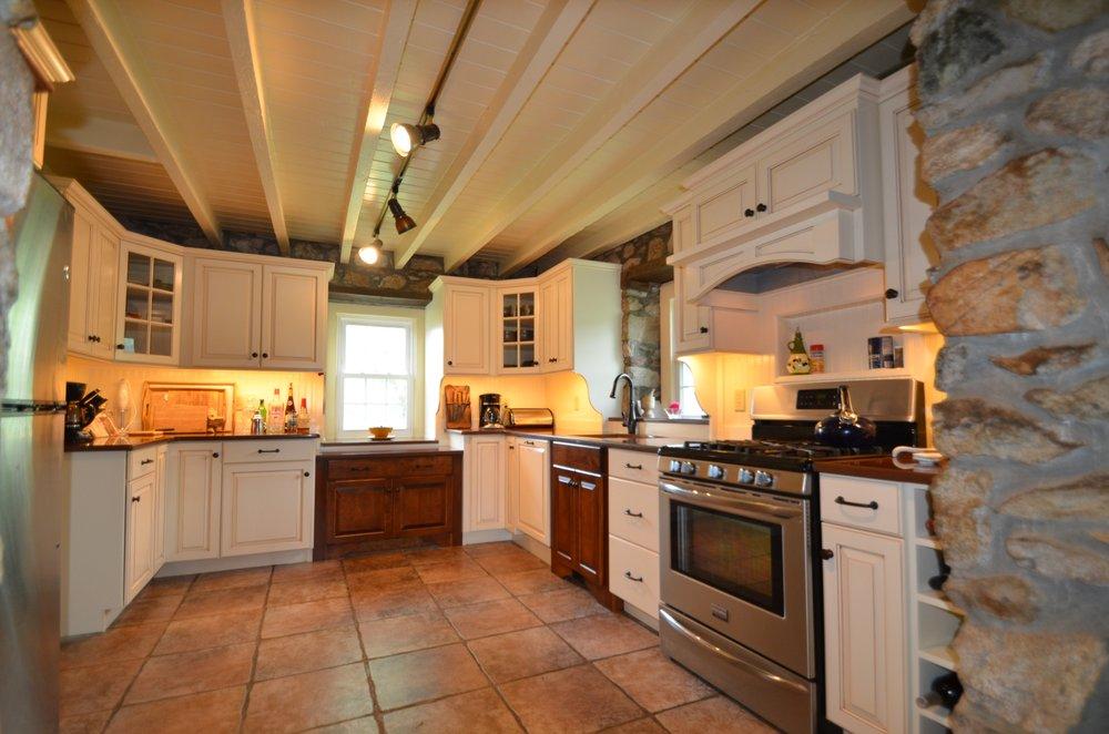 Maui Kitchens 28 Photos Contractors 1308 Main St