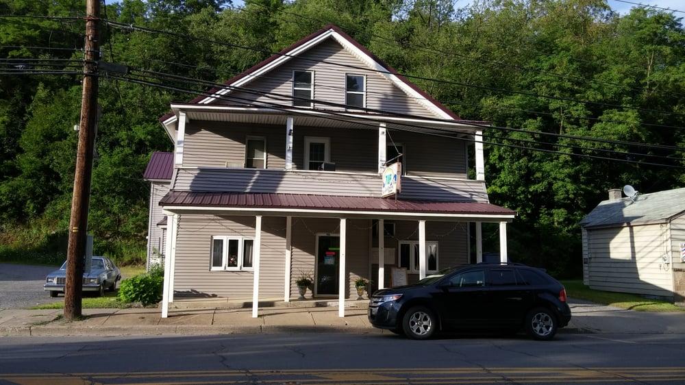 Charley's Friendly Tavern: 534 E Allegany Ave, Emporium, PA