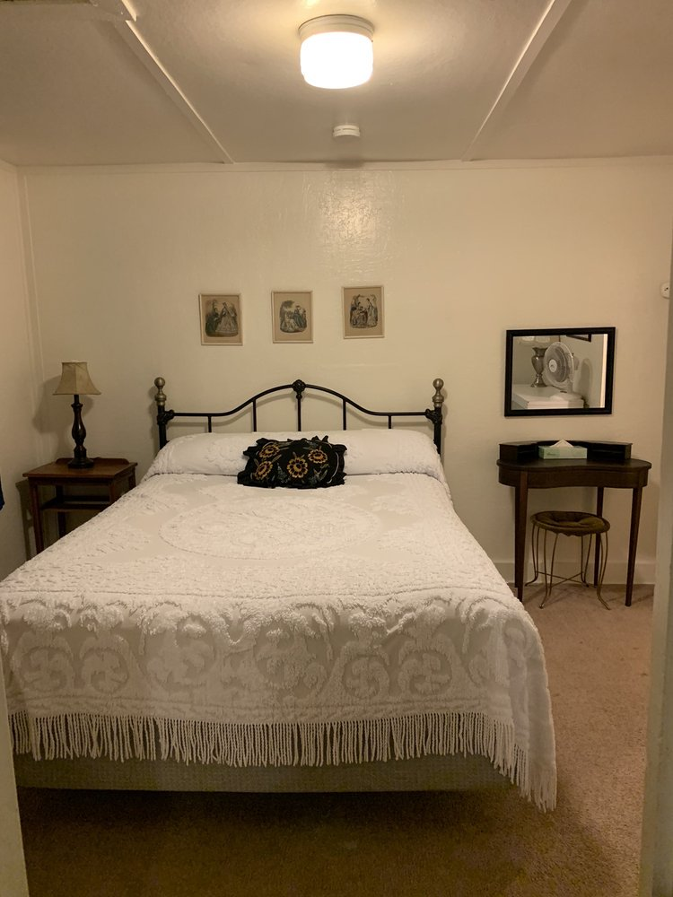 Columbia City and Fallon Hotels and Cottages: 22768 Main St, Columbia, CA