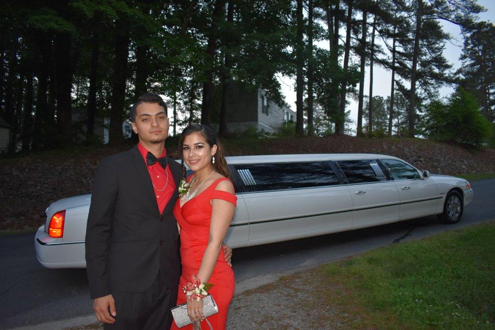 BarNew Limo and Luxury Transportation: Goldsboro, NC