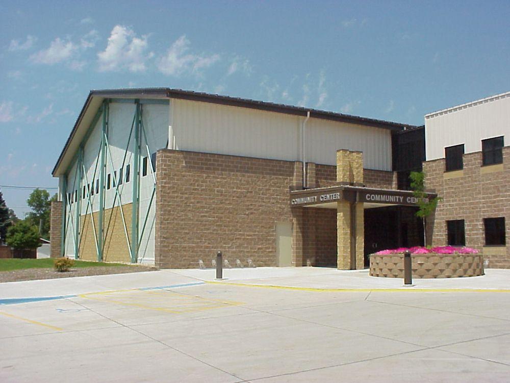 Greene County Community Center: 204 W Harrison St, Jefferson, IA