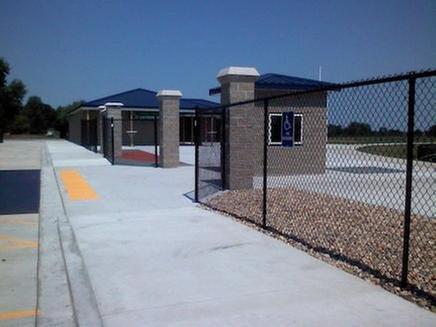 Heartland Fence Systems: 407 N Monroe St, Abingdon, IL