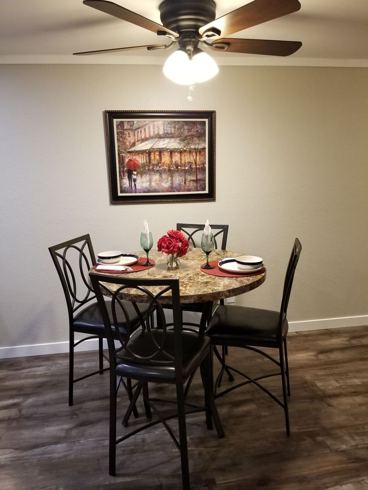 Tri City Furnished Homes: 3311 W Clearwater Ave, Kennewick, WA