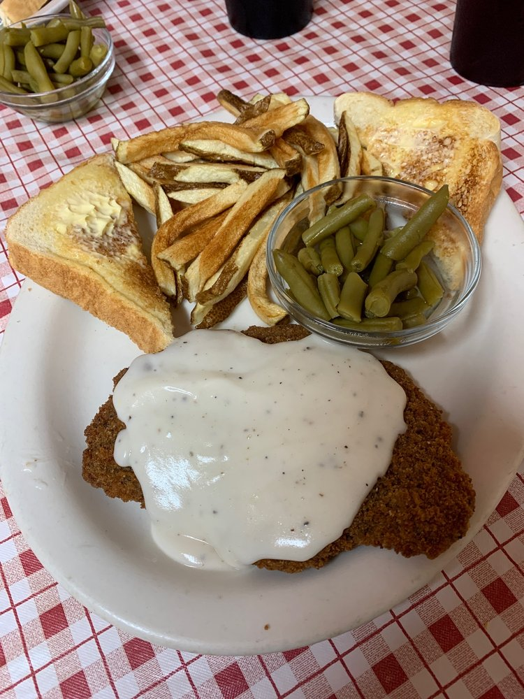 Miss Mary's Cafe: 116 Oak St, Clyde, TX