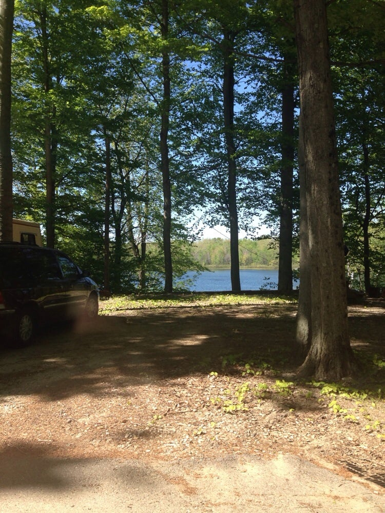 Yore Place RV Resort: 59381 44th Ave, Lawrence, MI