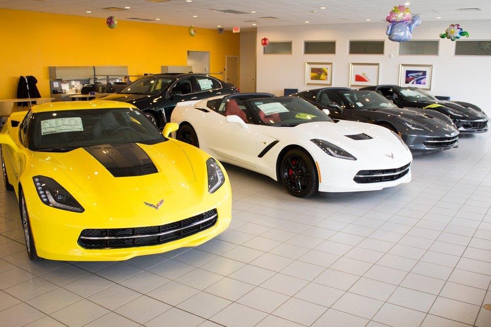 Broadway Automotive Green Bay >> Broadway Automotive 15 Photos 28 Reviews Car Dealers