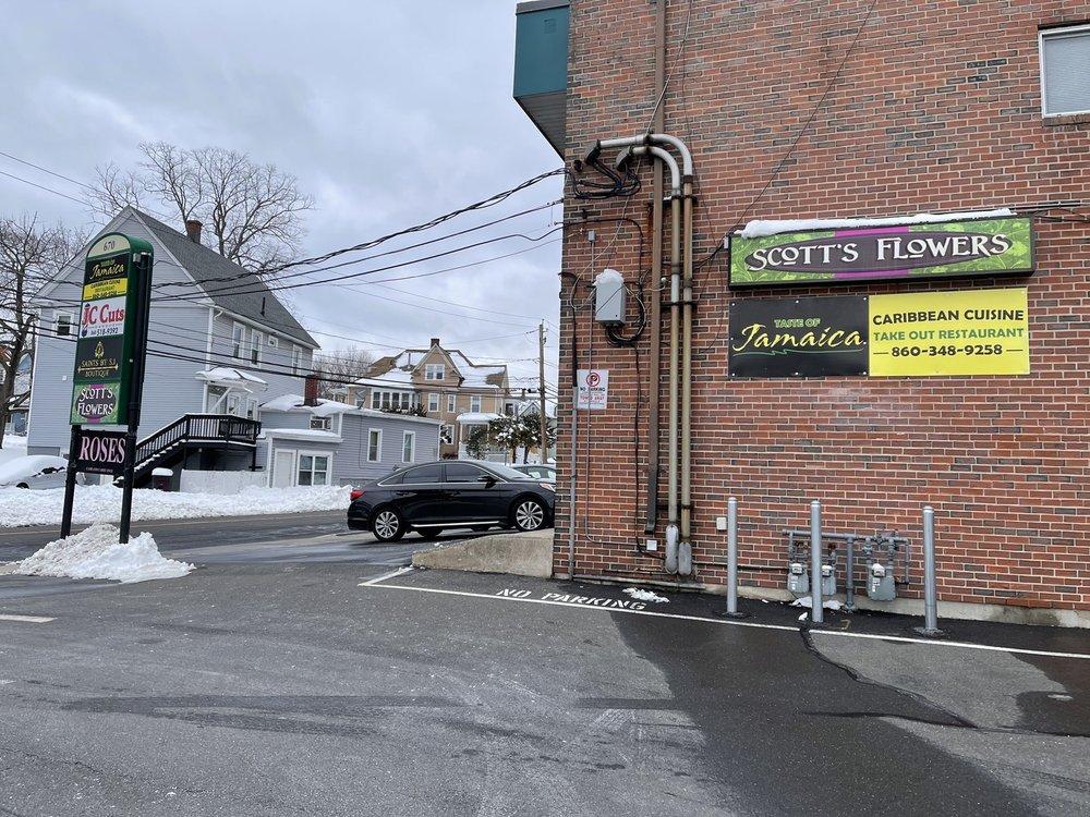 Scott's Flowers inc: 678 Arch St, New Britain, CT