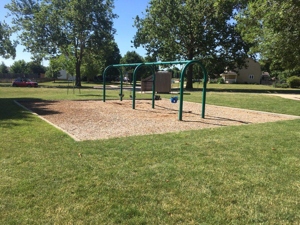 SummerBrook Park: SE Delaware Ave, Ankeny, IA