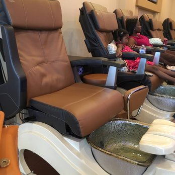 Happy Feet Nail Spa Arlington Tx