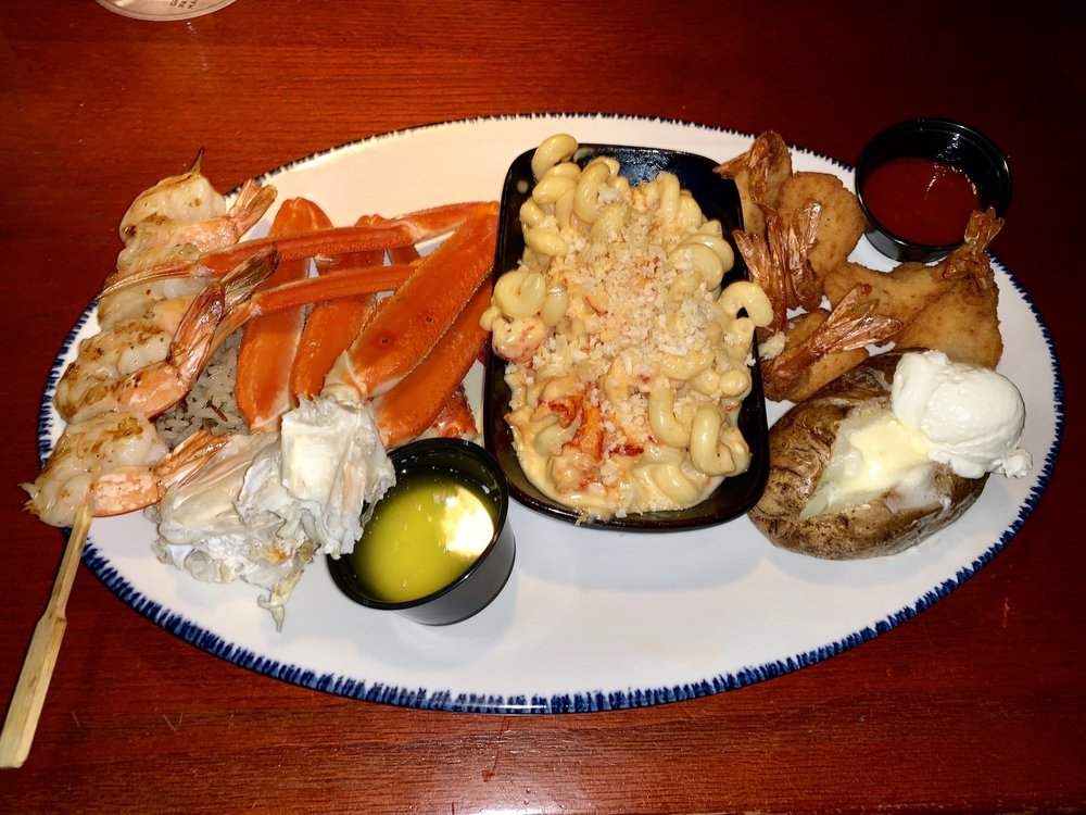 Red Lobster: 2381 Maplewood Commons Dr, Maplewood, MO