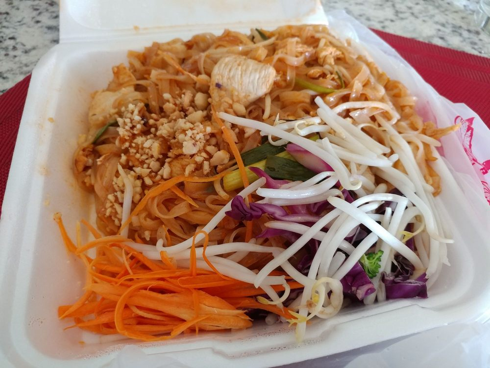 Keo Thai Cuisine: 1800 SW 9th Ave, Battle Ground, WA