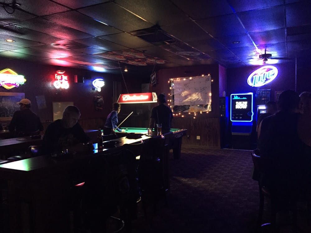 The Firehouse Bar: 1222 NW Woods Chapel Rd, Blue Springs, MO