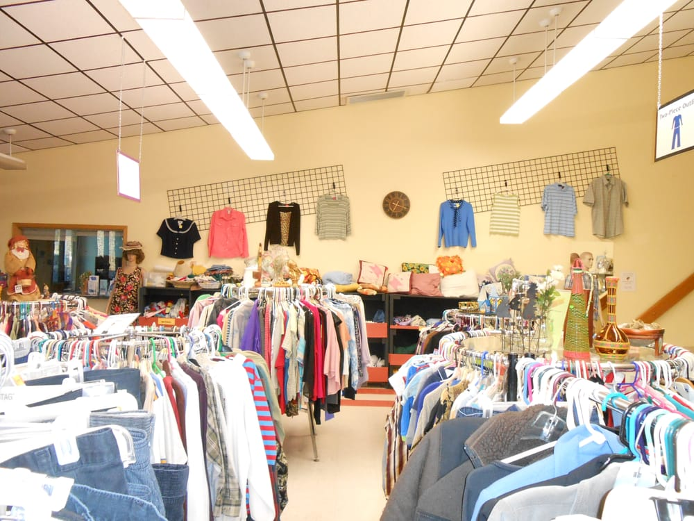 Parkside Thift Store: 101 Mineral Ave, Libby, MT
