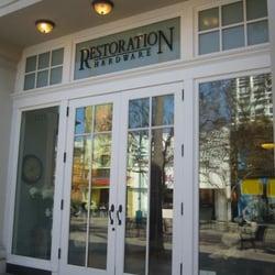 Restoration Hardware Closed Furniture Stores 1219 3rd Street Promenade Santa Monica Ca