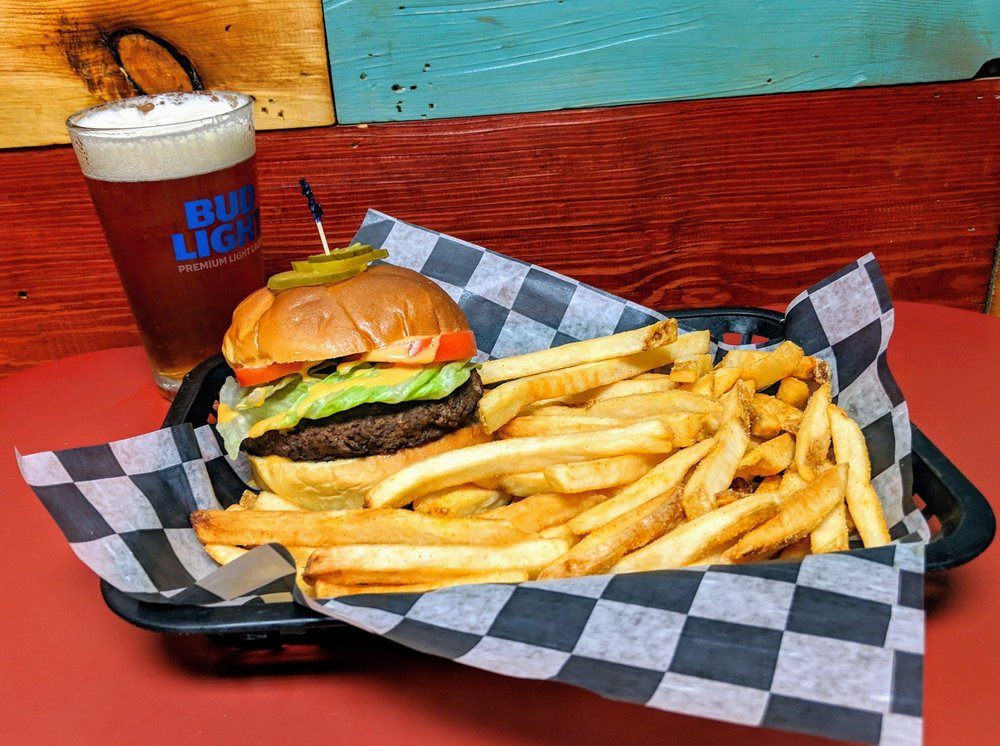 Castaway's Bar & Grill: 833 Front St, Georgetown, SC
