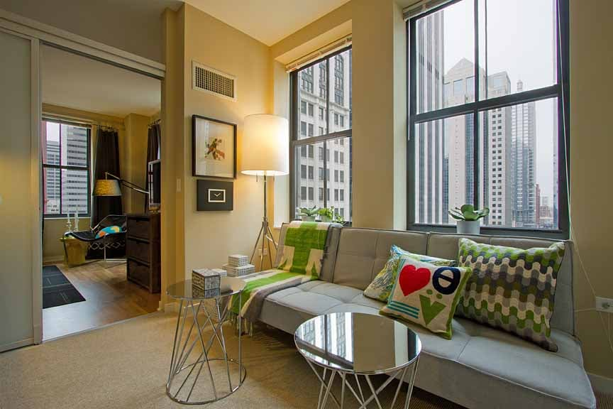 Randolph Tower City Apartments Located At 188 West Randolph Chicago Il 60601 Studio 1 And 2