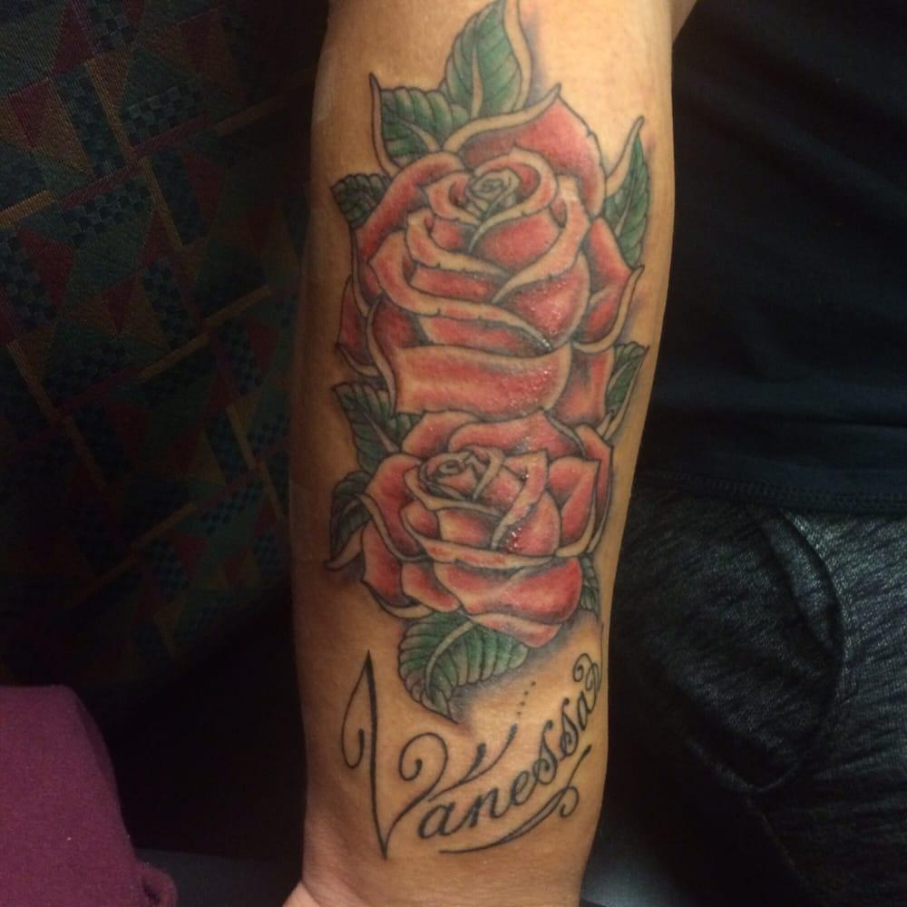 Buu and Tee Tattoo: 8607 Sudley Rd, Manassas, VA