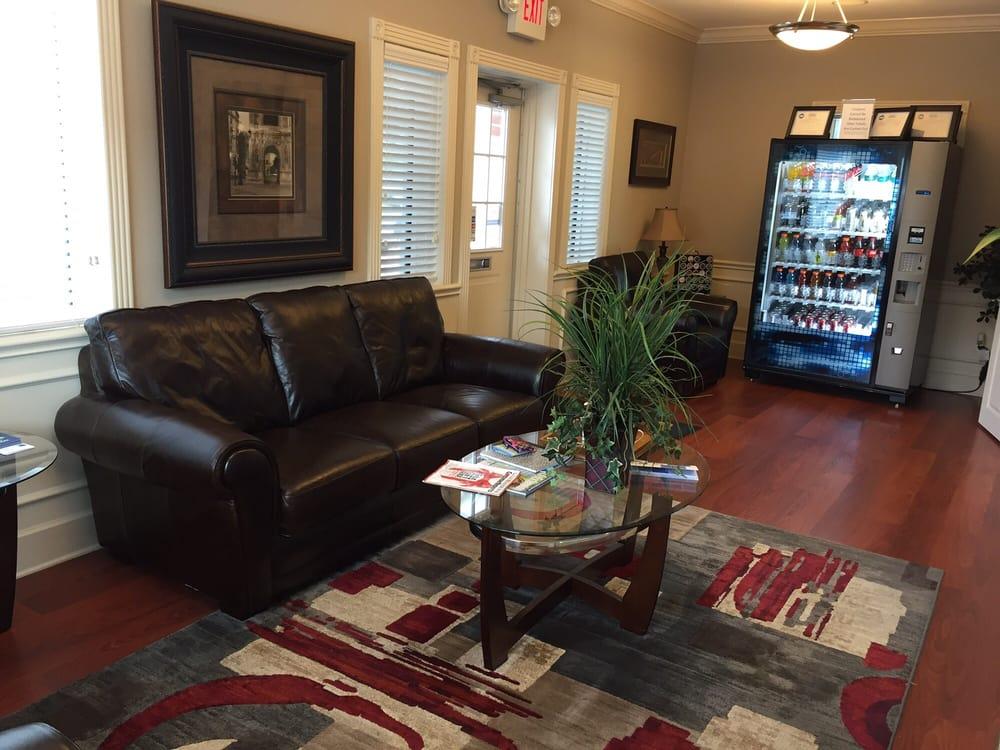 customer waiting room yelp. Black Bedroom Furniture Sets. Home Design Ideas