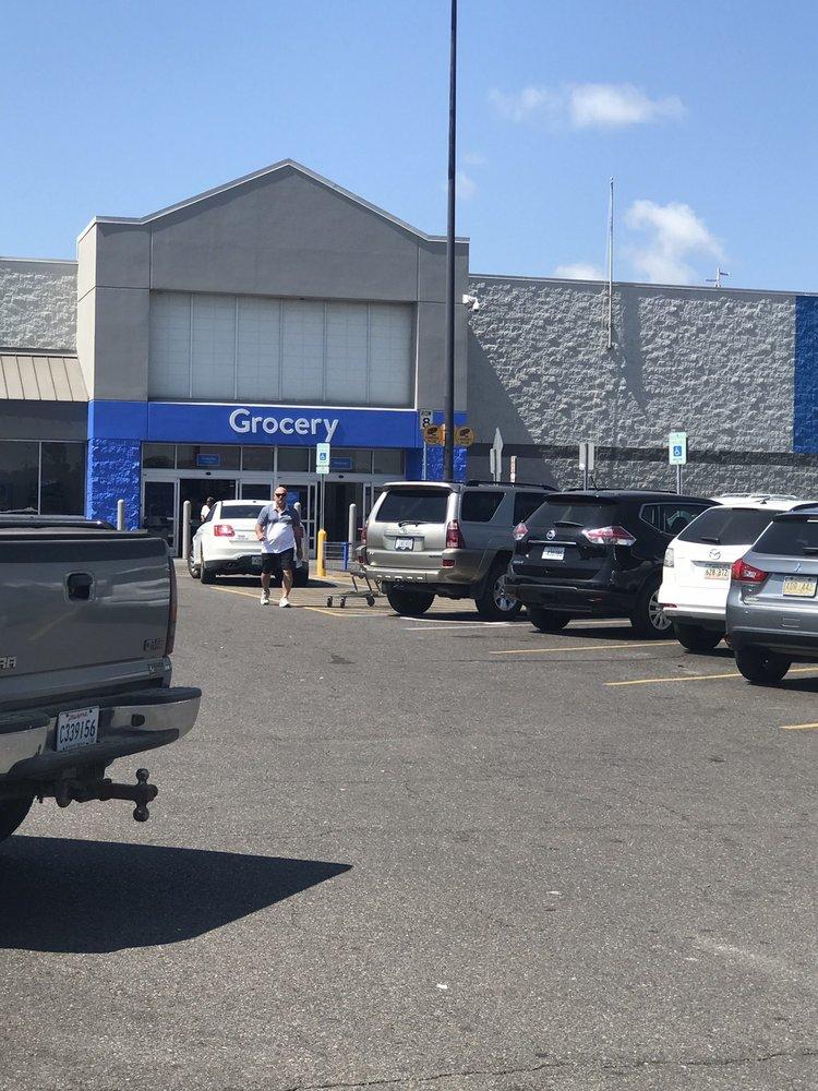 Walmart Supercenter: 7162 Hwy 1, Mansura, LA