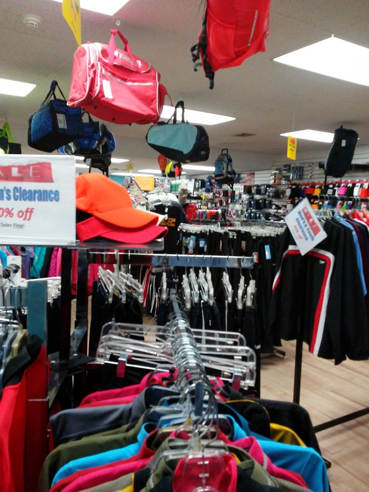 Flying Feet Sport Shoes: 1511 Mount Rose Ave, York, PA