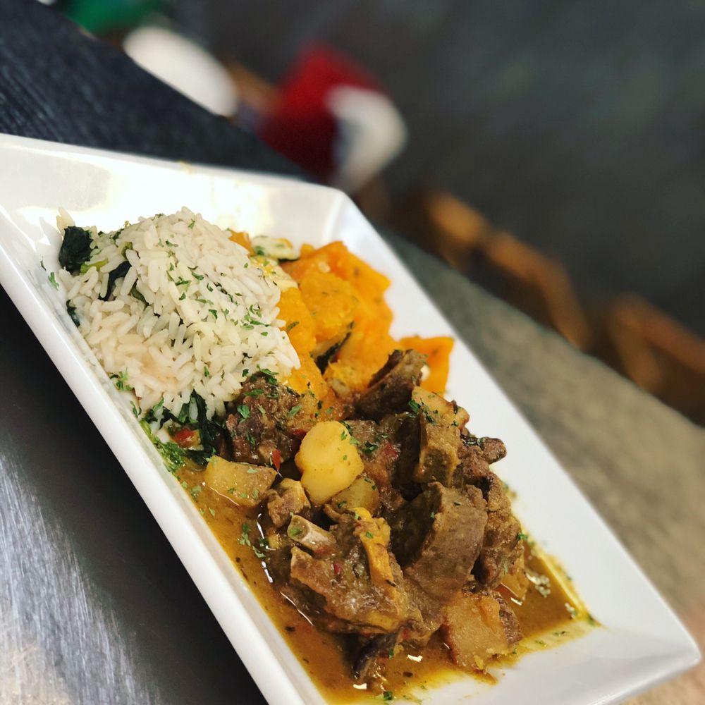 Food from Fazmoz Caribbean Cuisine