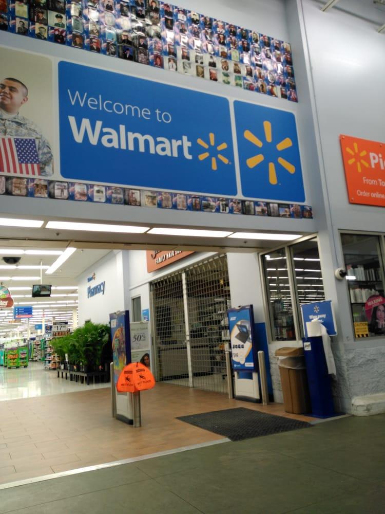 Walmart Supercenter: 135 NE Terry Ln, Grants Pass, OR