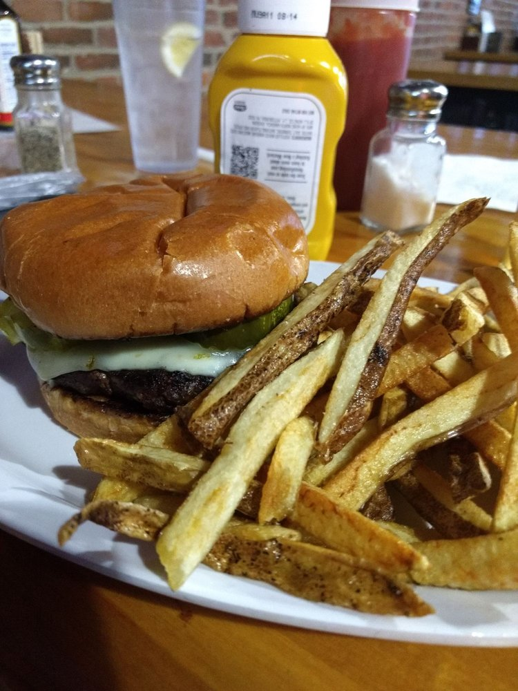The Ville Pub & Grill: 124 E Main St, Shelbyville, IL