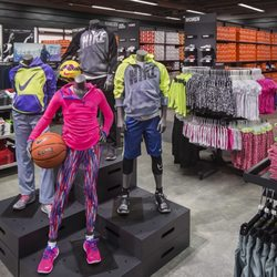 Nike Factory Store Shoe Stores 1600 Premium Outlets, Norfolk, VA