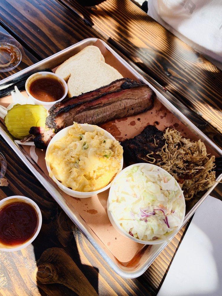 Smokin J's Barbecue: 107 Main St, Beatty, NV