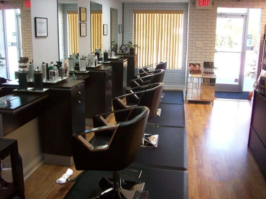 Beauty redefined hair salons 109 central ave oak for Accentric salon oakridge