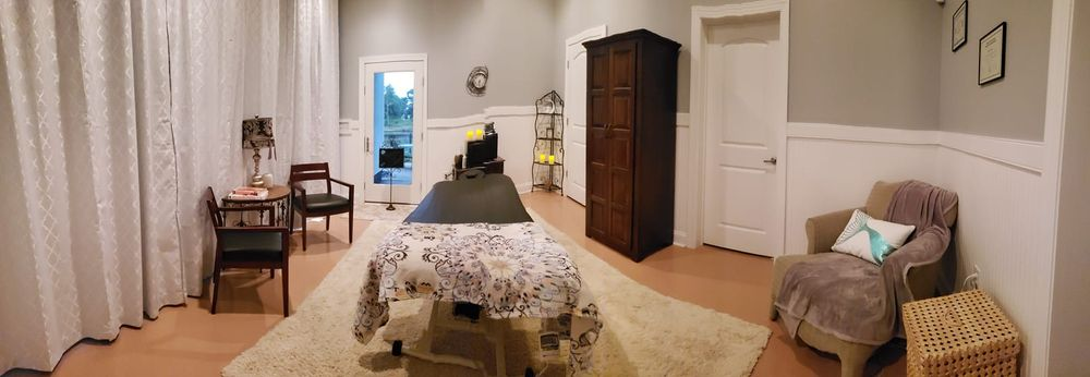Aloha Massage & Bodyworks: 284 Ennett Ln, Sneads Ferry, NC