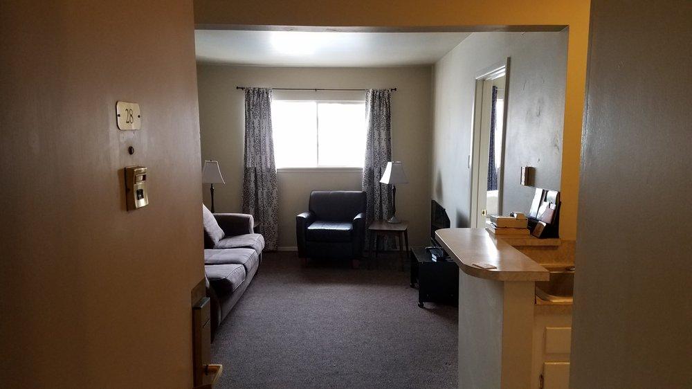 Hospitality House: 528 S Saunders Ave, Tyler, TX