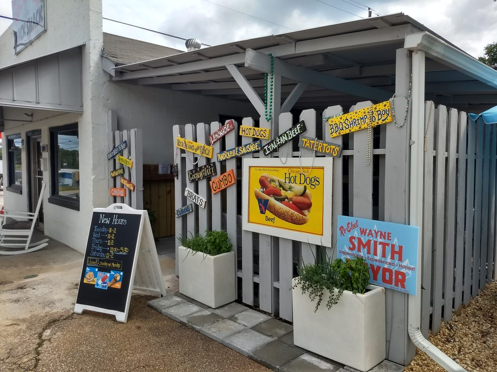 The Snack Shack: 1200 9th Ave N, Bessemer, AL