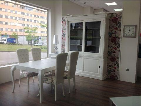 Muebles xikara negozi d 39 arredamento calle portugal 33 madrid spagna numero di telefono - Telefono registro bienes muebles madrid ...