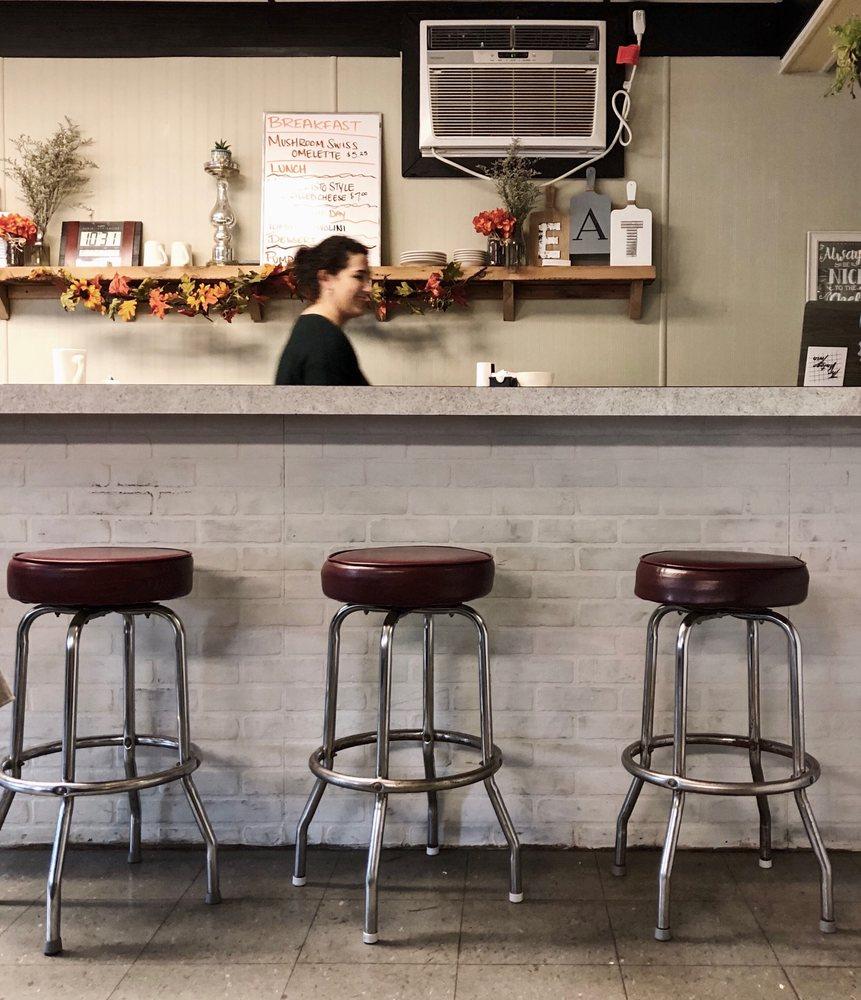 Cooper's Diner: 804 S Michael St, Saint Marys, PA