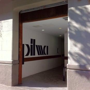 Pilma outlet tienda de muebles carrer de llan a 33 l 39 eixample barcelona espa a n mero - Registro bienes muebles barcelona telefono ...