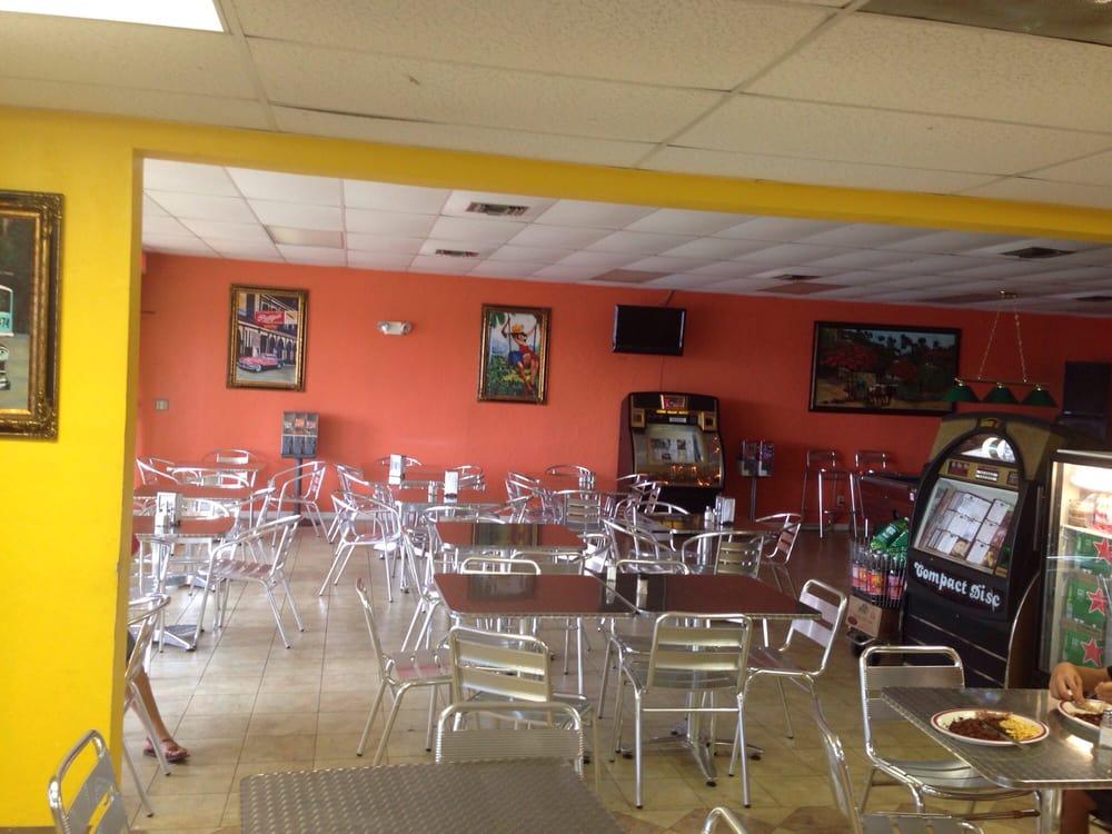 Meldoys Cafeteria: 1000 Lee Blvd, Lehigh Acres, FL