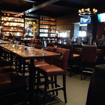 Earls Kitchen Bar 39 Photos 46 Reviews Canadian New