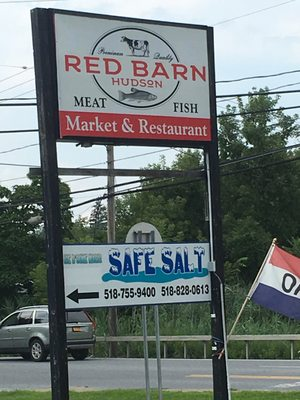 Red Barn Hudson - Seafood - 93 Ten Broeck Ave, Hudson, NY