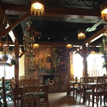 Photo Of Naradeva Thai Restaurant Orlando Fl United States A Quiet Tuesday
