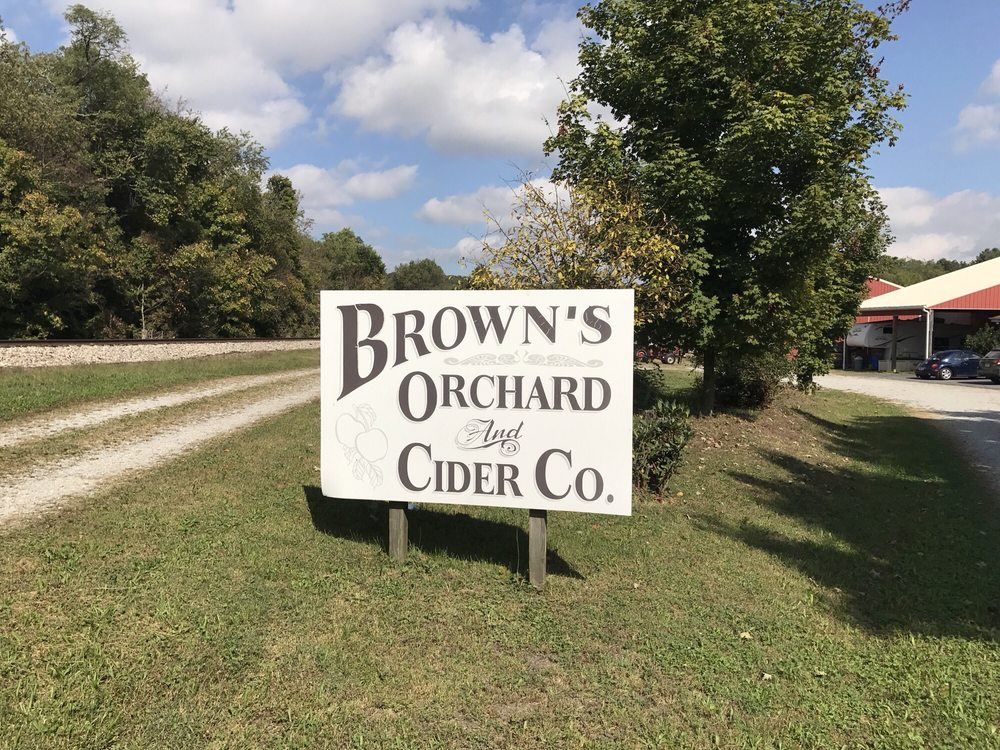 Brown's Orchard: 267 Southview Rd, Mc Donald, PA